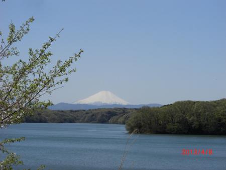 狭山湖から