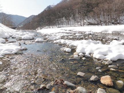 雪の湯檜曽川