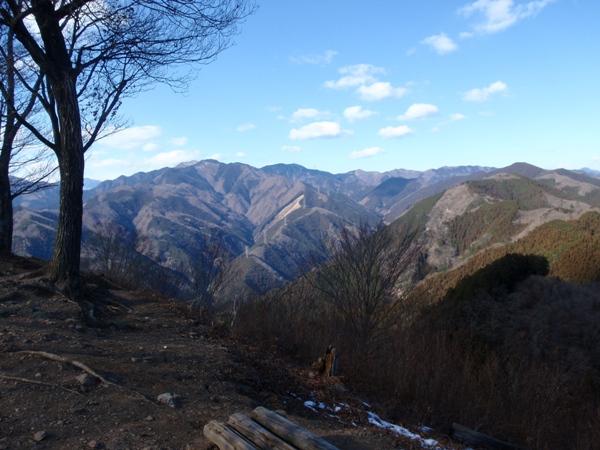 岩茸石山2