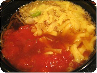 トマティーナそば+チーズ