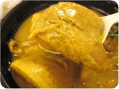 鶏肉とさつまいものベトナムカレー