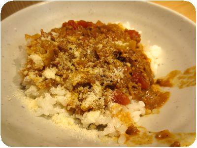 キーマカレー丼とたぬきタコウィンナそばのセット