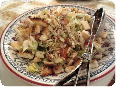 ファトゥーシュ(季節野菜と焼きパンのサラダ)