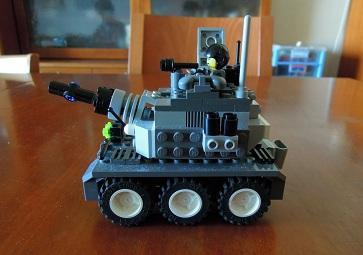 LEGO装甲車2_サイドビュー