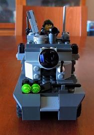 LEGO装甲車2_フロントビュー
