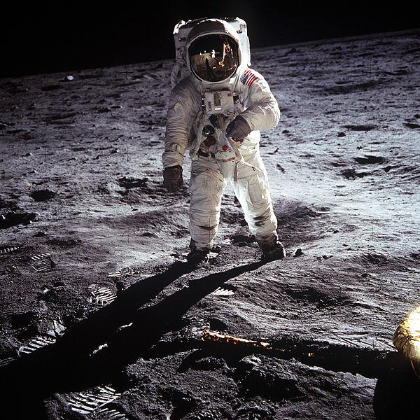 600px-Aldrin_Apollo_11.jpg