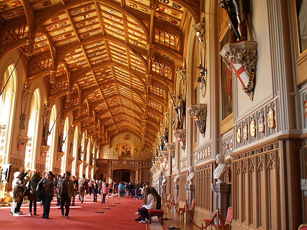 WindsorCastle-StGeorgesHall.jpg