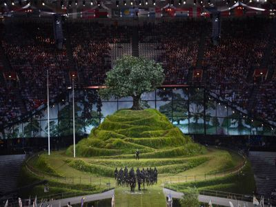 the-british-meadow-scene-of-the-olympics-opening-ceremony.jpg