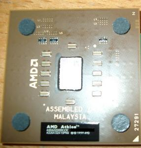 amd_athlonxp_2200_01.jpg