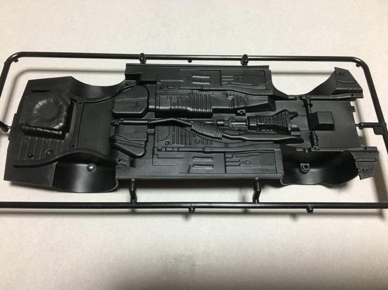 アオシマ ER34 スカイライン 4ドア モデルカー