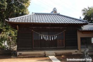 八幡神社(さいたま市岩槻区尾ケ崎) b 13