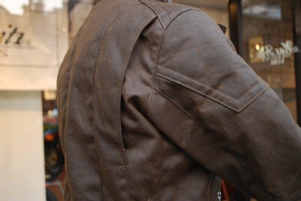 プロテクトオイルドジャケット