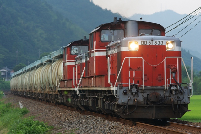 120727JR-F-okami-DD51-833-5676レ-hinohara-1