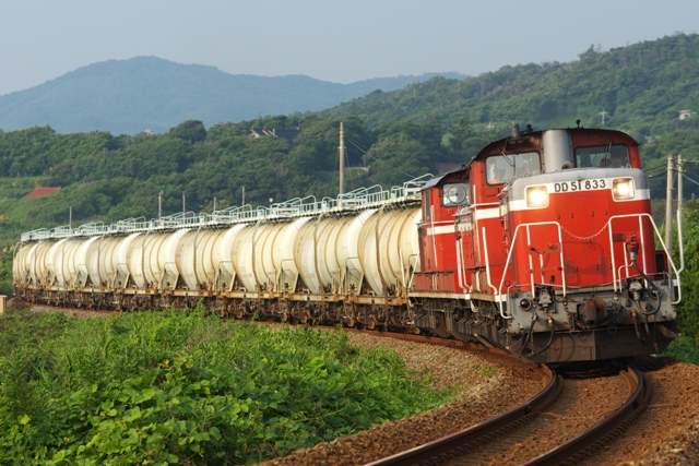 120727JR-F-okami-DD51-833-5583レ-saruta-2