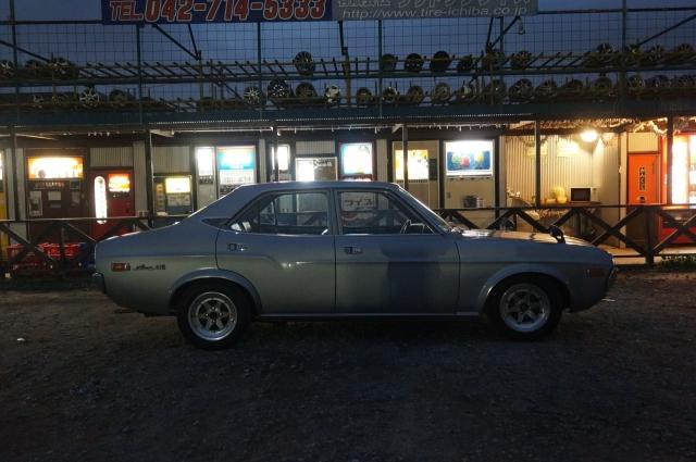 マツダルーチェでレトロ自販機の聖地、中古タイヤ市場相模原店へ