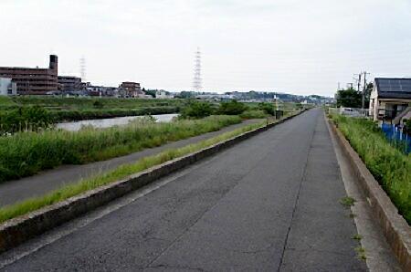 鶴見川土手968