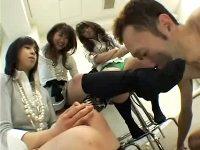 【M男】 ブーツで蒸れた酸っぱく臭う脚