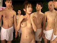 ちっちゃい体をフルに使って大サービス!大沢美加と行く大乱交バスツアー