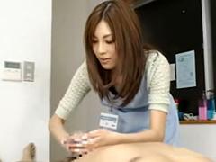 【手コキ】男性器洗浄サービスで丁寧にちんぽを洗う美人エステ嬢