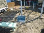 保育所。砂場清掃掃除、作業前