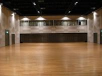 日暮里サニーホール4階ホール