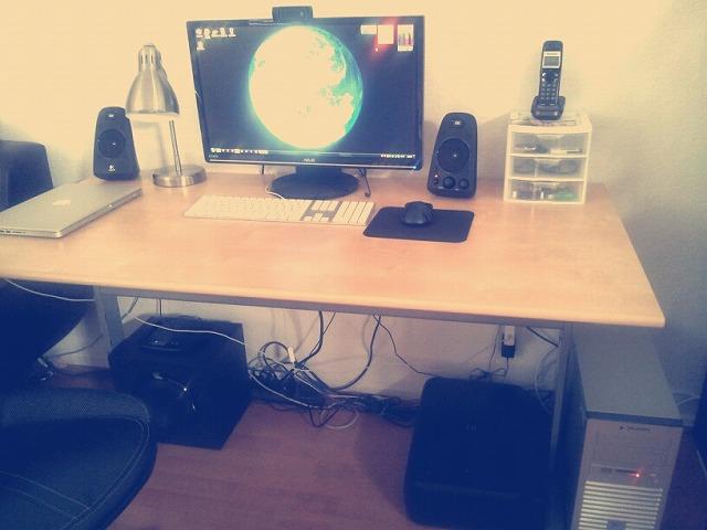 Desktop4_107.jpg