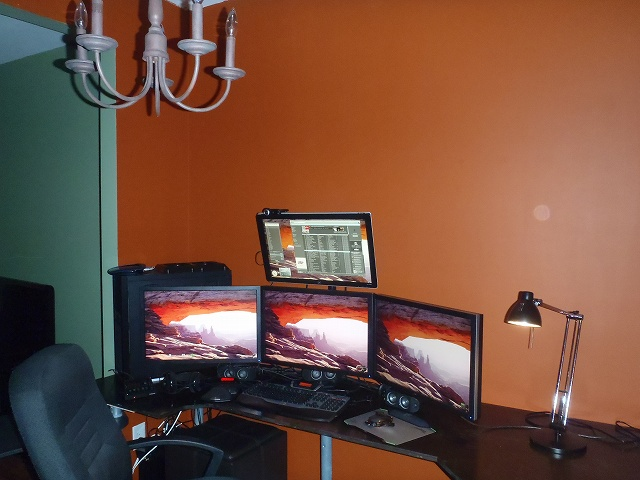 Desktop7_06.jpg