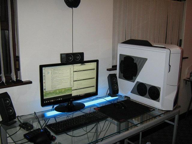 Desktop7_115.jpg