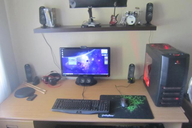 Desktop7_50.jpg