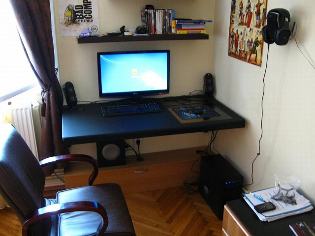 Desktop7_51.jpg