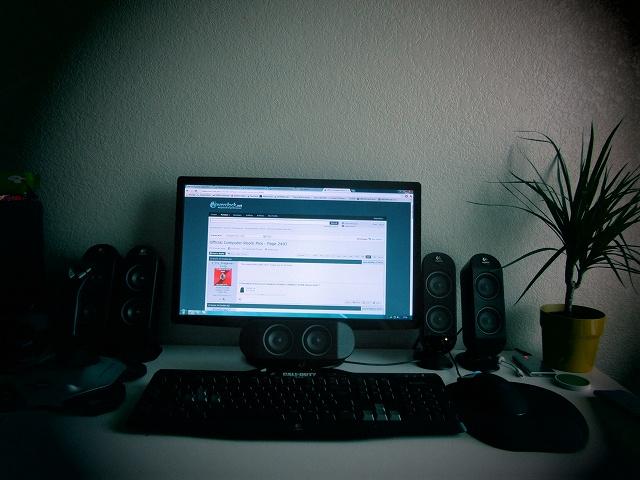 Desktop7_89.jpg