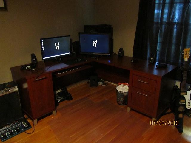 Desktop7_99.jpg
