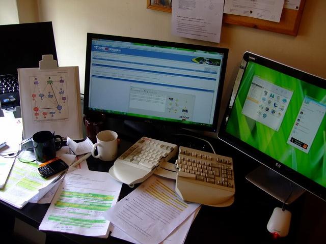 Desktop_Keyboard_01.jpg
