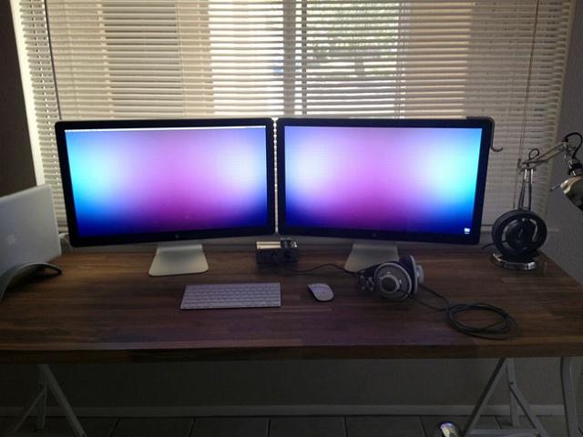 Desktop_Mac2_09.jpg