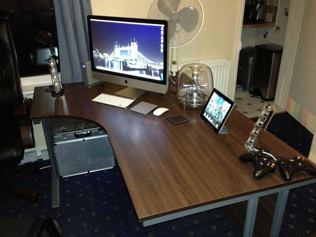 Desktop_Mac2_104.jpg
