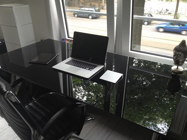 Desktop_Mac2_18.jpg