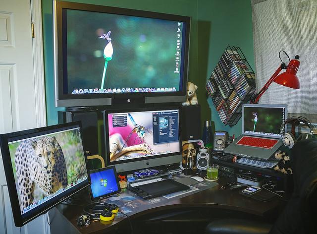 Desktop_Mac2_22.jpg