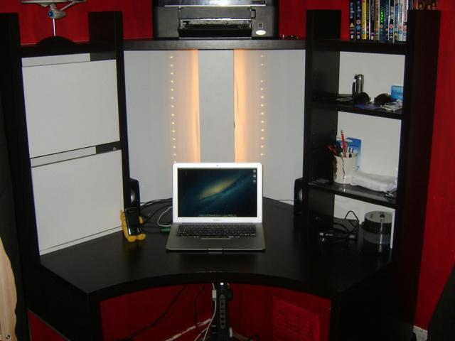 Desktop_Mac2_28.jpg