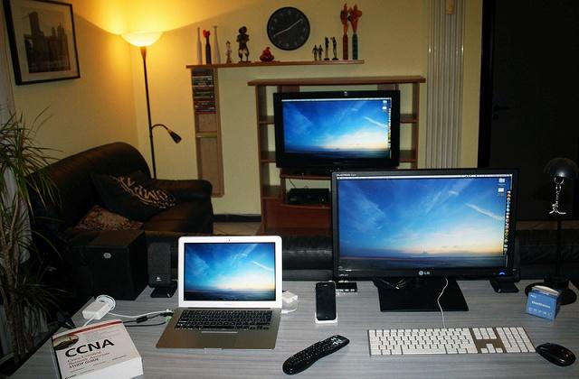 Desktop_Mac2_51.jpg