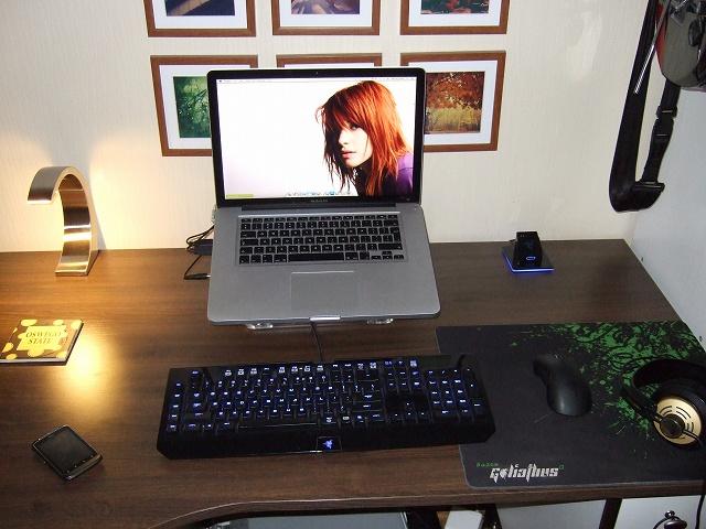 Desktop_Mac2_63.jpg