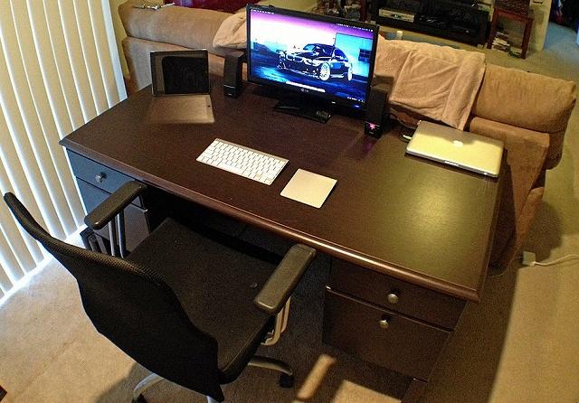 Desktop_Mac2_81.jpg