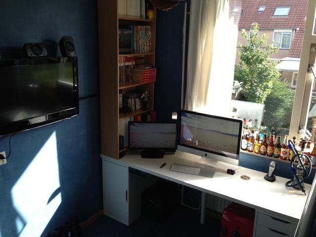 Desktop_Mac2_88.jpg