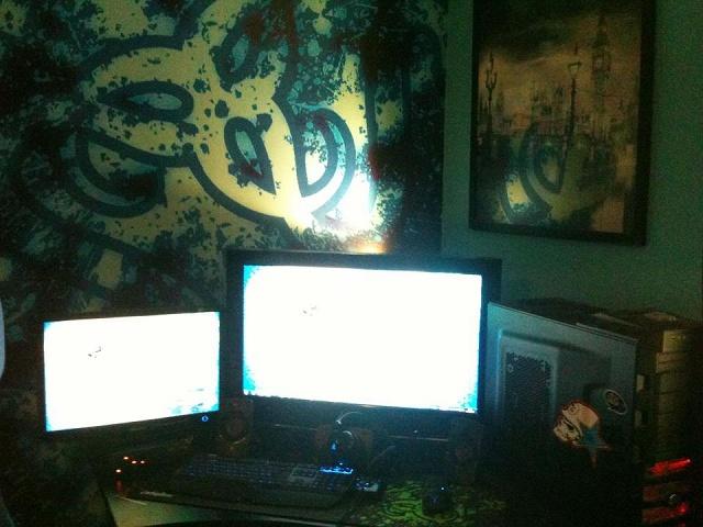 Desktop_Razer4_10.jpg