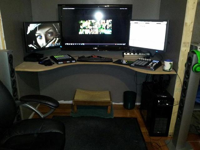 Desktop_Razer4_39.jpg