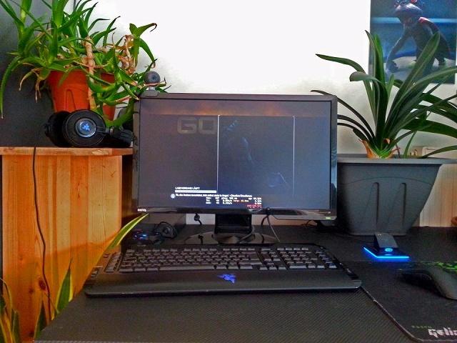 Desktop_Razer4_50.jpg