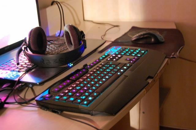 Desktop_Razer4_51.jpg