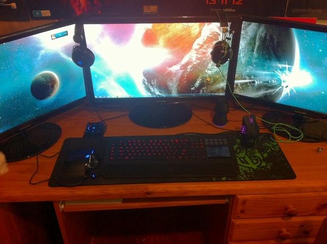Desktop_Razer4_53.jpg