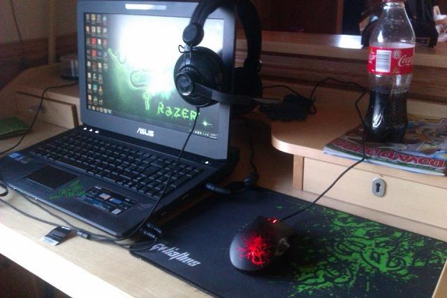 Desktop_Razer4_71.jpg