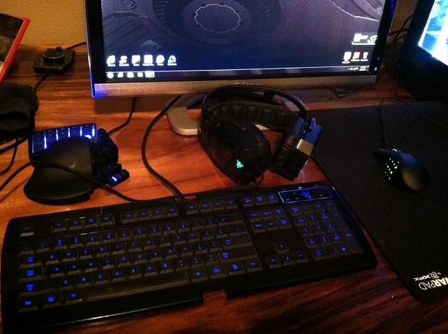 Desktop_Razer4_79.jpg
