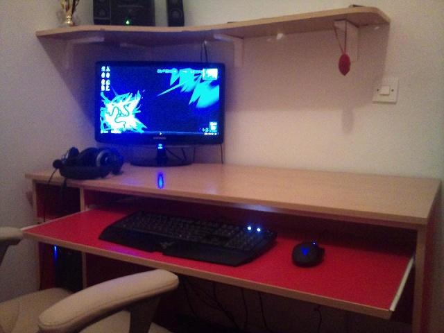 Desktop_Razer4_86.jpg